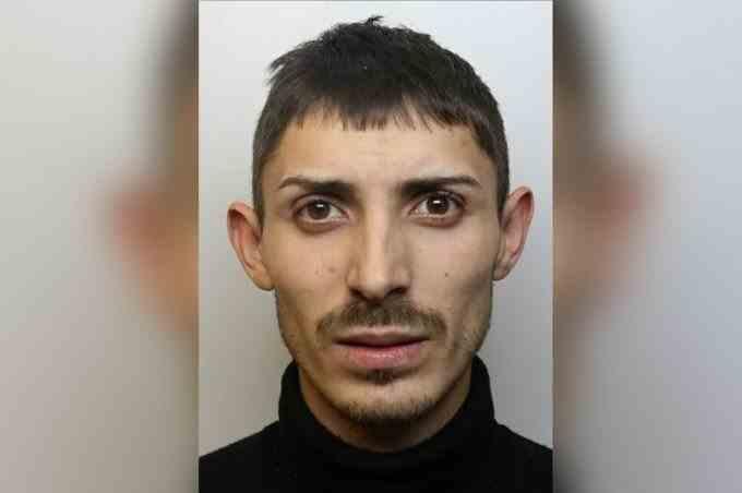 Român arestat după ce a furat haine în valoare de 6.000 de lei în Anglia