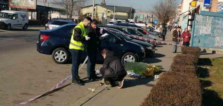Cazul bizar al morţii unui tânăr de 26 de ani găsit pe trotuar cu multiple fracturi