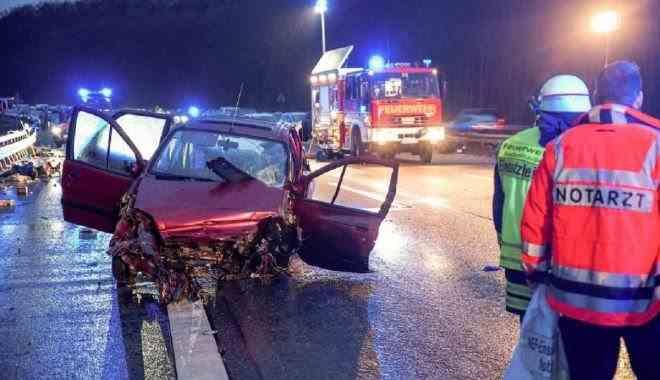O româncă a murit într-un accident în Germania