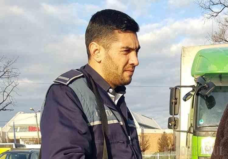 Polițist din Oradea acuzat de comportament vulgar și aluzii sexuale la examenul pentru permisul auto