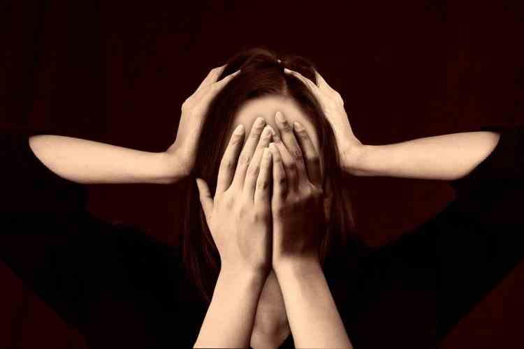 Originea bolilor este in creier: orice boala este cauzata de un soc emotional