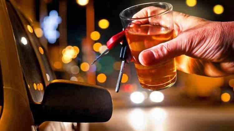 Alcoolemie record - A băut alcool chiar şi în faţa poliţiştilor