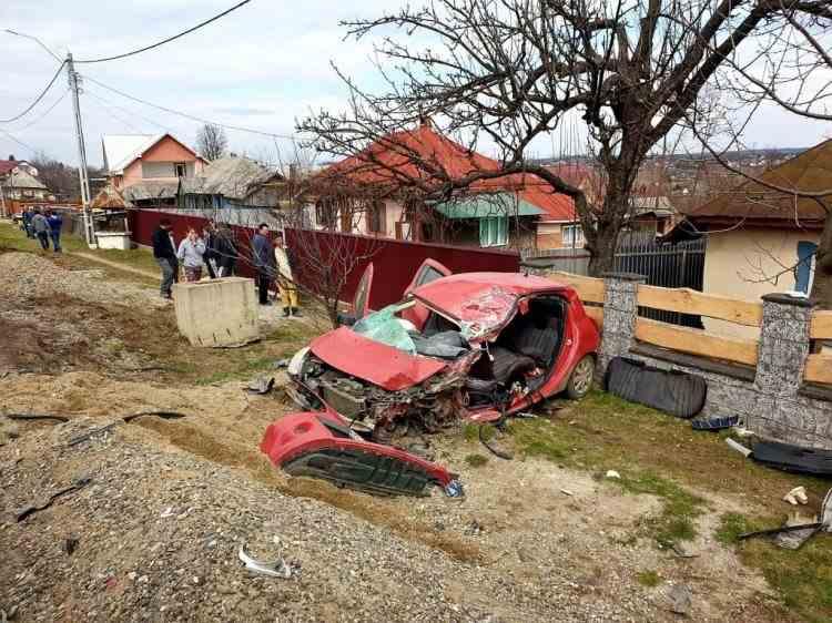 Accident mortal în Drăgușeni după coliziunea dintre un autoturism și un camion