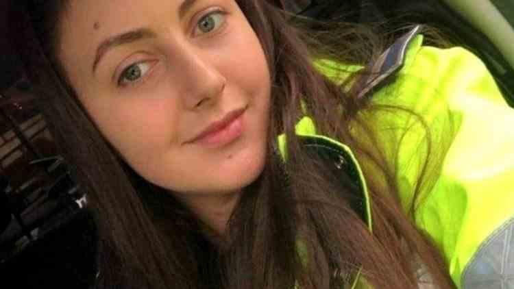 O tânără poliţistă, a salvat un adolescent de la moarte - Băiatul de 17 ani se spânzurase