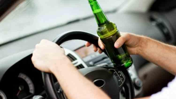 Vâlcea: Bărbat întors din Italia şi care ar fi trebuit să fie izolat la domiciliu, prins băut la volan