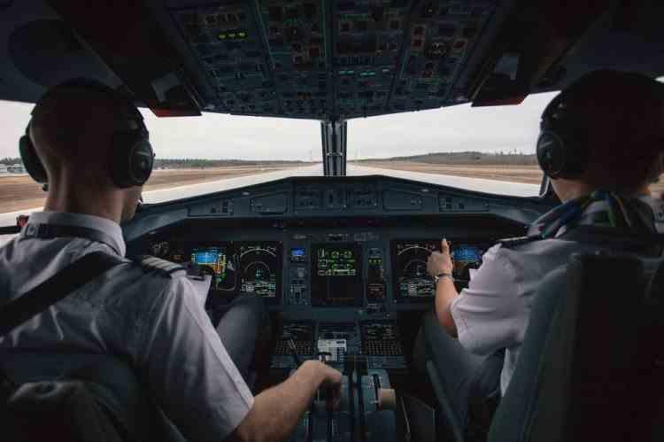 Un pilot TAROM, din flota ATR, a fost diagnosticat cu coronavirus