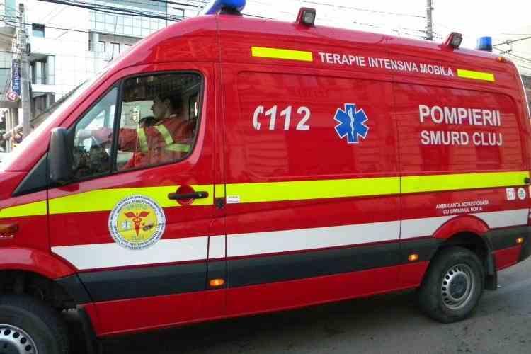 Medic clujean, aflat în autoizolare după ce a venit din Franţa, s-ar fi aruncat în gol de la etaj