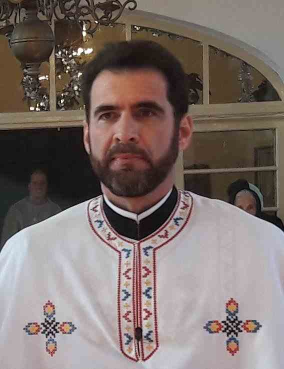 """Un preot din Prahova ignoră recomandările autorităţilor şi cheamă enoriaşii la slujbă: """"Măcar 100 să fim"""""""