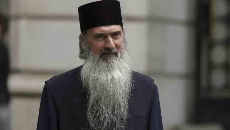 ÎPS Teodosie vrea bisericile deschise în noaptea Învierii