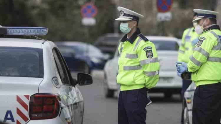Poliţiştii cer demisia ministrului Vela