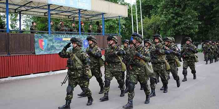 11 militari dintr-o unitate din Arad au fost confirmați cu COVID-19