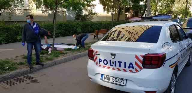 O femeie din Iași a murit după ce a căzut de la etajul 6