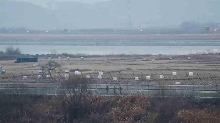 Schimb de focuri de armă la graniţa dintre Coreea de Nord şi Coreea de Sud