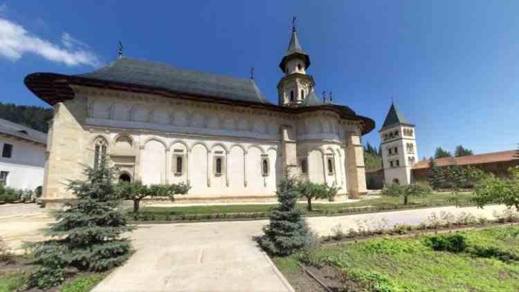 31 de călugări de la Mănăstirea Putna au fost confirmați cu COVID-19
