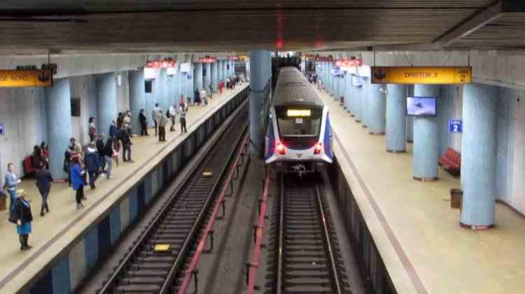 Noi reguli la metrou: Nu se intră fără mască de protecţie