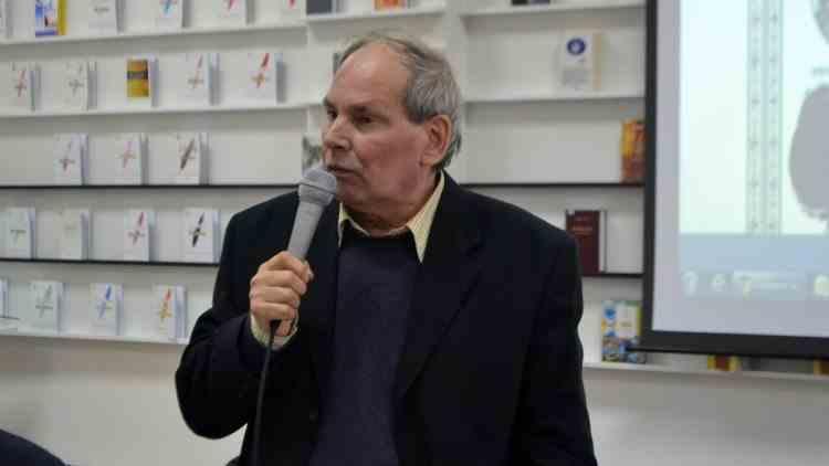 Scriitorul şi publicistul Vlad Pohilă a murit la vârsta de 67 de ani