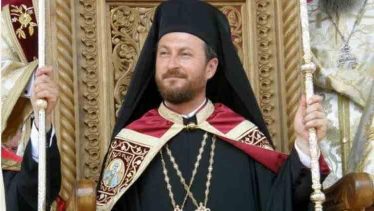 Fostul episcop al Hușilor Cornel Onilă a fost reținut fiind acuzat de viol și abuz sexual asupra unor minori