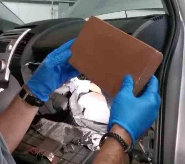 Polițiștii români au capturat heroină și cocaină de peste un milion de euro