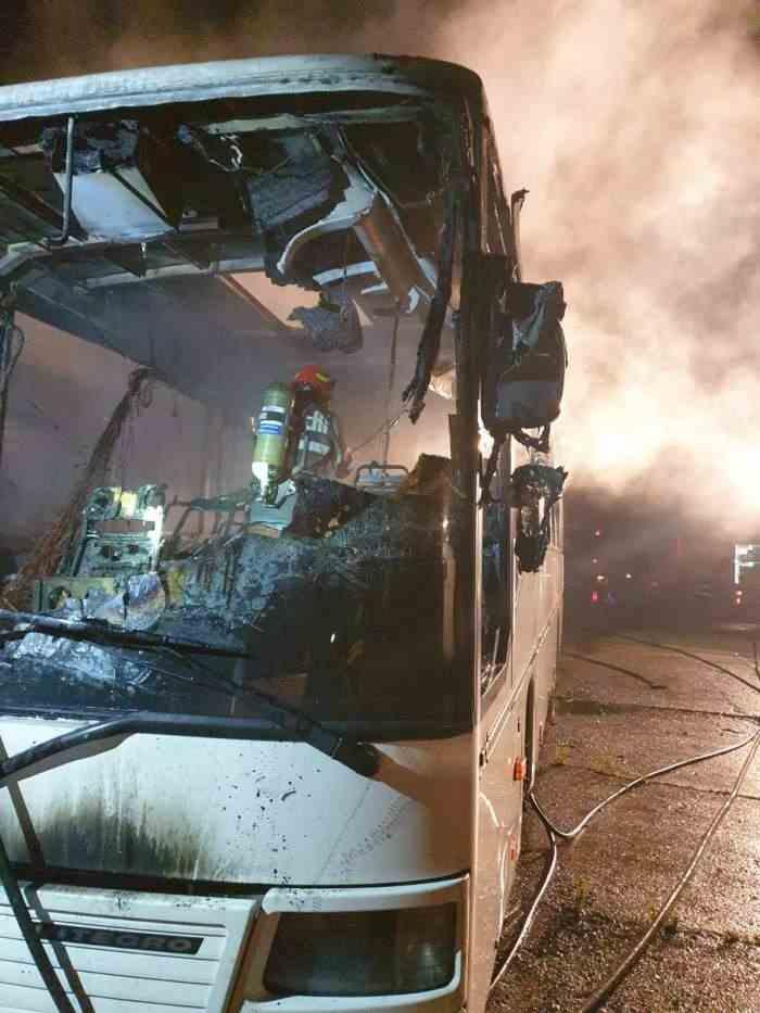 Trei autobuze au fost incendiate în Târgoviște