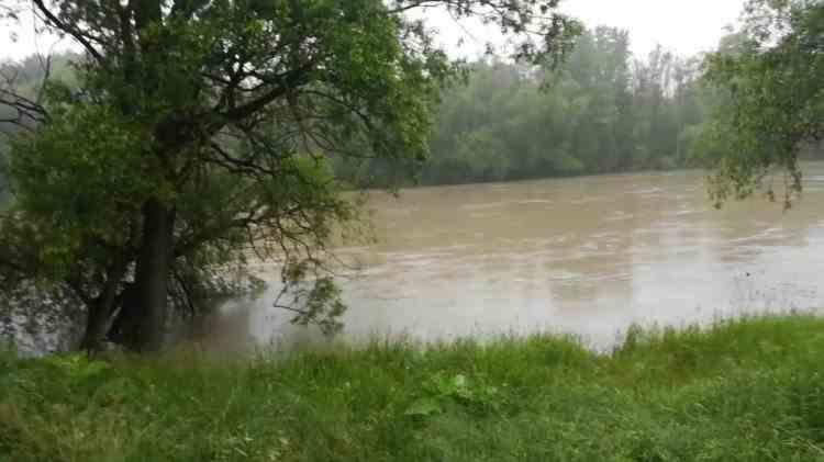 Cod roșu de inundații pe Prut, în România