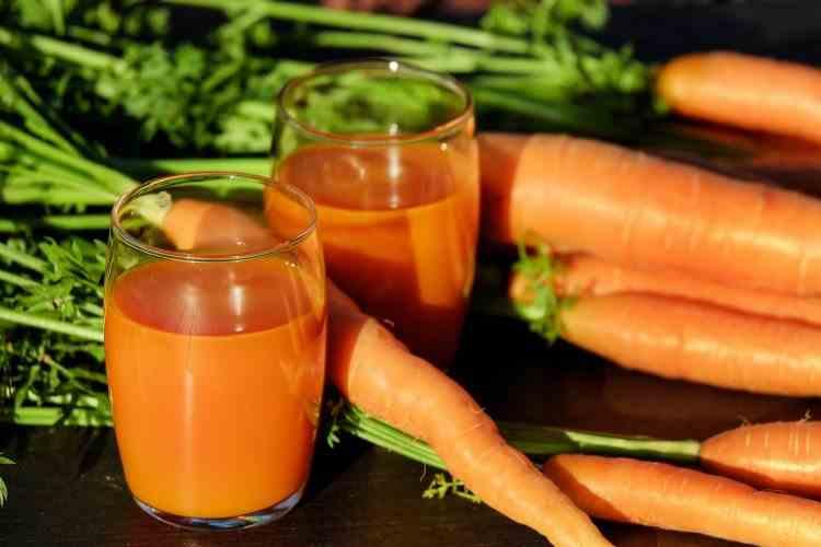 Tot ce trebuie să știi despre sucul de morcovi