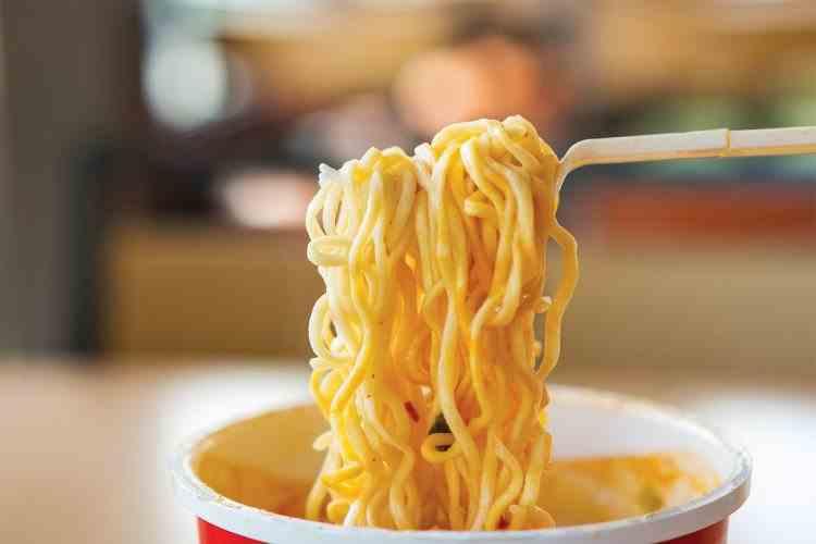 Din ce sunt făcute supele instant - Adevărul înfricoșător despre acestea