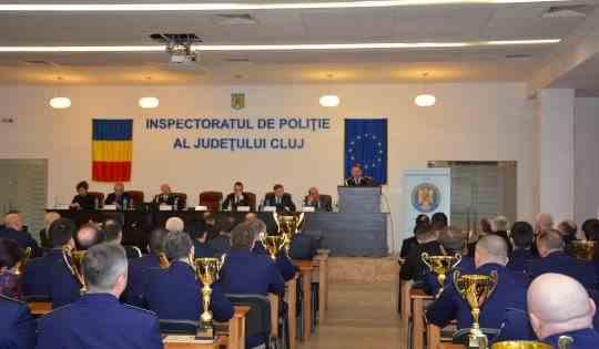 14 poliţişti de la IPJ Cluj au fost confirmaţi cu COVID-19