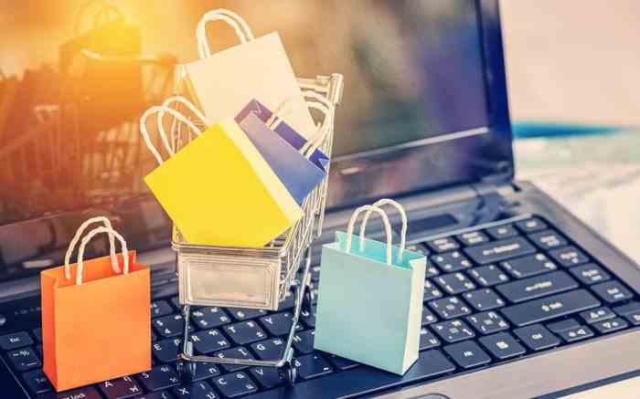Cele mai banale greşeli pe care le fac românii atunci când cumpără de pe internet