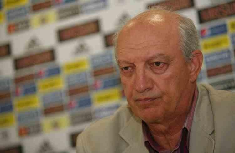 A murit Dan Petrescu, fost arbitru internațional și președinte al CCA