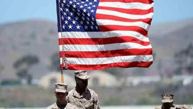 Un militar american a murit iar opt sunt dispăruţi în urma unui accident produs în largul Californiei