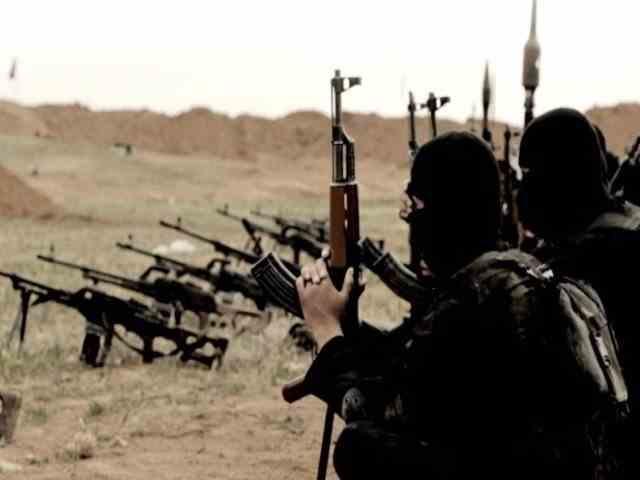 ISIS a strâns bani pentru finanțarea atacurilor teroriste comercializând măști false în SUA
