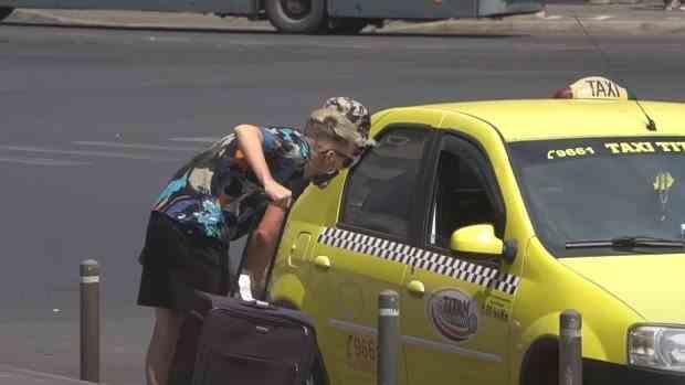 Experiment: cât costă o cursă de 3 km în București pentru turiștii străini
