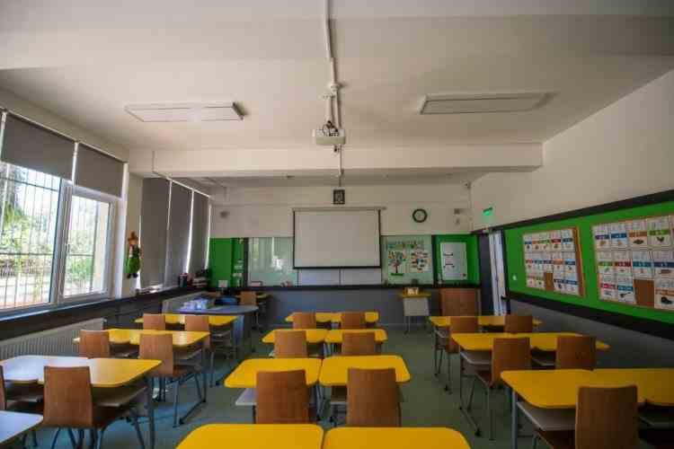 Elevii anunță că vor cere amânarea începerii școlii