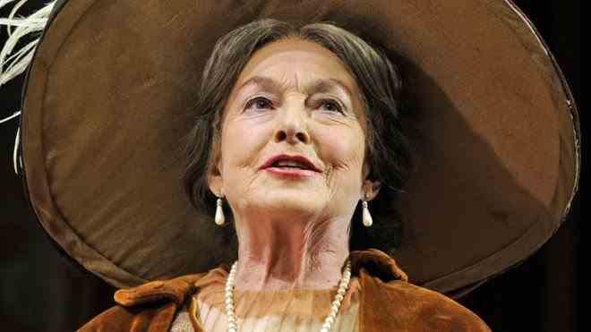 A murit actrița Barbara Jefford