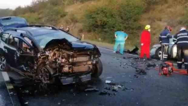 O femeie a murit și alte trei persoane au fost ranite într-un accident grav în județul Cluj