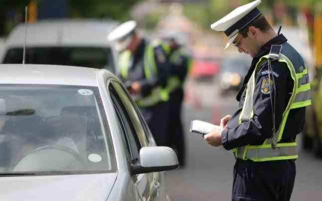 Peste 4800 de permise au fost reținute de polițiști într-o săptămână
