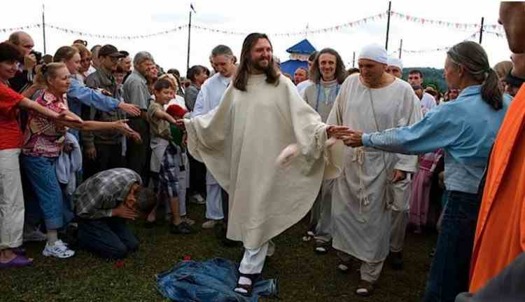 Un bărbat care pretinde că este Iisus reîncarnat a fost arestat în Rusia