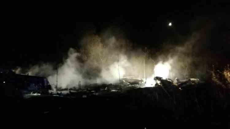 Cel puțin 22 de oameni au murit după ce un avion militar s-a prăbușit vineri în Ucraina