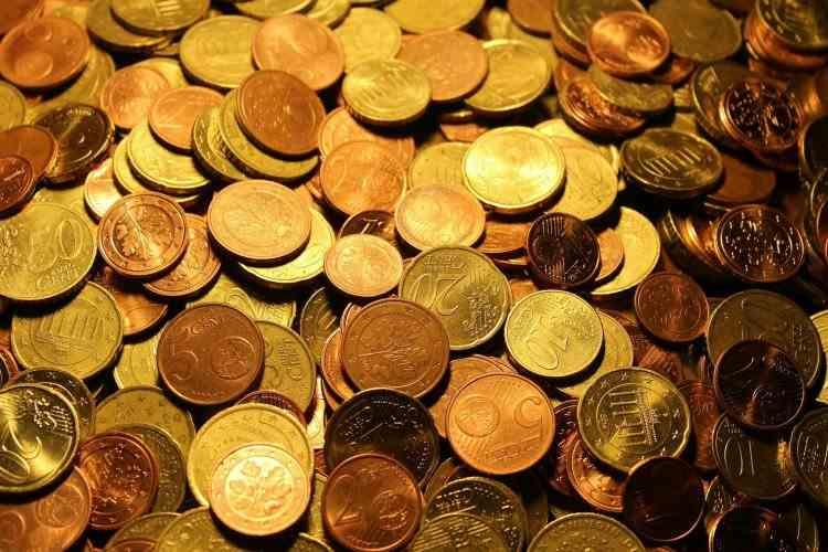 Două monede vor fi eliminate de pe piață de Comisia Europeană
