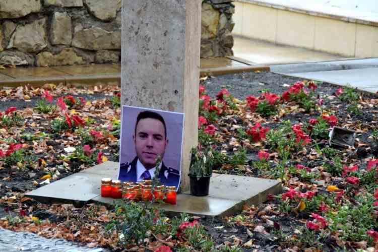 Mama polițistului Bogdan Gigină, la comemorarea celor cinci ani de la teribilul accident