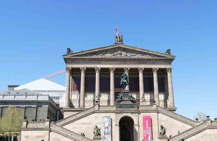 Opere de artă antice vandalizate pe Insula Muzeelor din Berlin