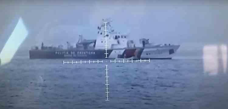 Navele românești din misiunea Frontex sunt acuzate că împing migranții înapoi în mare