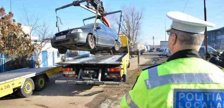 Liber la ridicat mașini care staționeză neregulamentar pe domeniul public