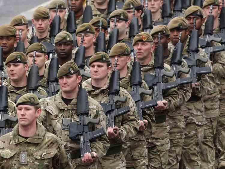 Un sfert din soldați vor fi înlocuiți de roboți în armata Regatului Unit