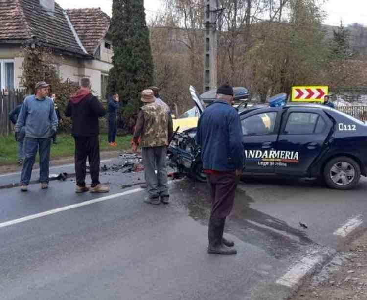 Un jandarm a murit după ce a așteptat cinci zile să fie operat - Bărbatul a fost rănit într-un accident rutier petrecut în timp ce se afla în misiune
