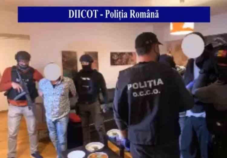 Droguri și asasinate la comandă - O rețea de traficanți coordonată dintr-o închisoare din Noua Zeelandă a fost capturată în România