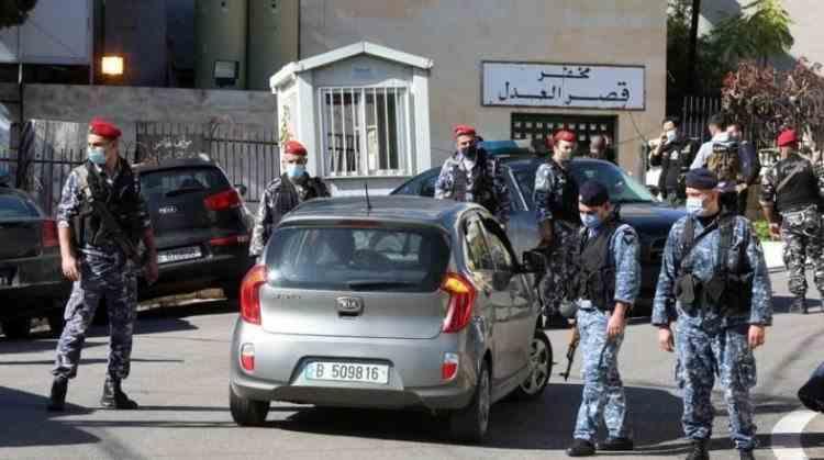 40 de deținuți din Liban au evadat după ce au rupt ușile celulelor și i-au blocat pe gardieni