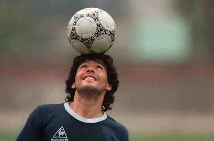 Argentina a decretat trei zile de doliu național în memoria lui Diego Maradona