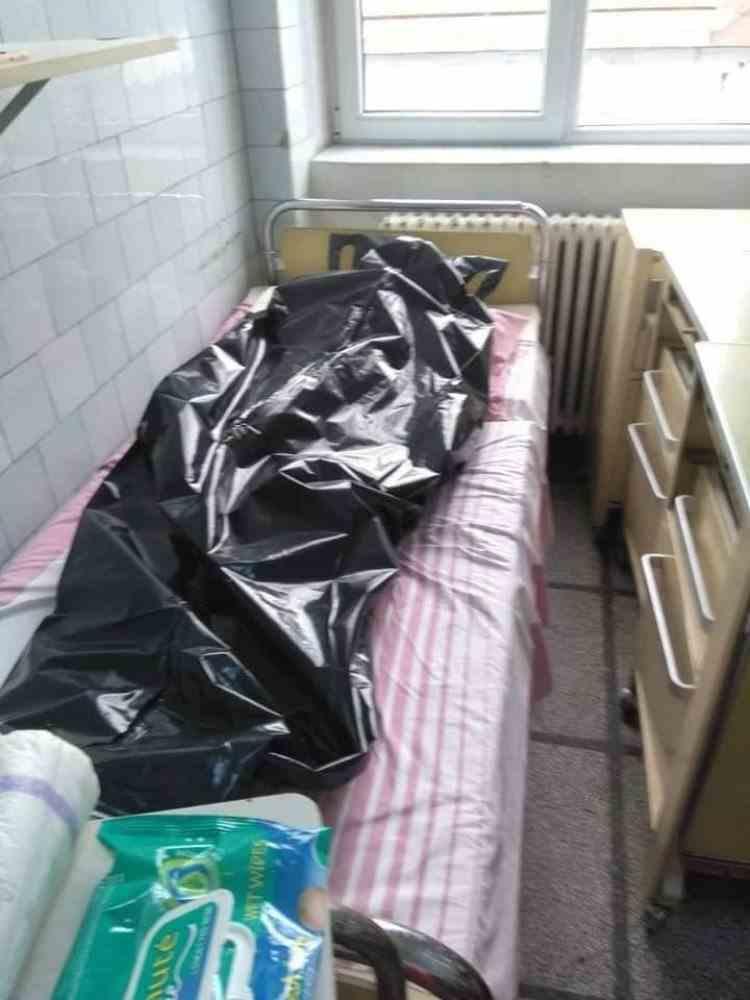 ATENȚIE! Imagini șocante! În spitalul groazei din Reșița pacienții infectați cu SARS-CoV-2 sunt ținuți în condiții mizere