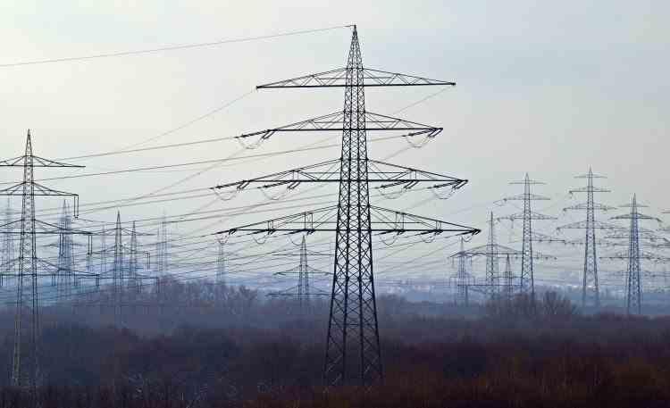 ANRE a majorat tarifele de distribuţie pentru Electrica începând cu 1 ianuarie 2021